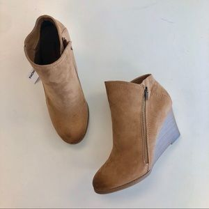 Sonoma Tan Wedge Booties